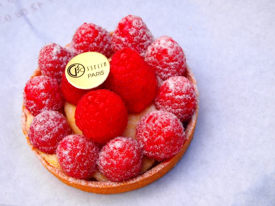 Raspberry tart - Paris