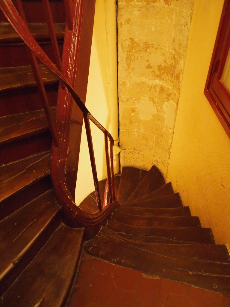 Paris vacation rental staircase