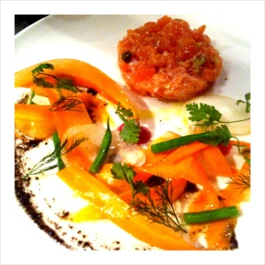 Salmon Tartare - Fish Restaurant in Paris